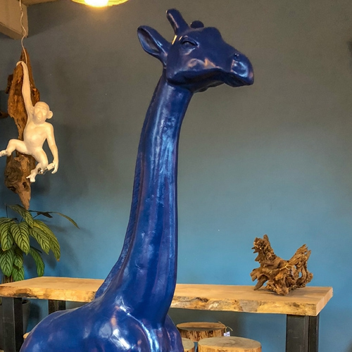 giraf-eye-catcher-interieur-object-denimblue-denim-blue-creativeopen-creative-open-tilburg-co-noordbrabant-noord-brabant-nederland